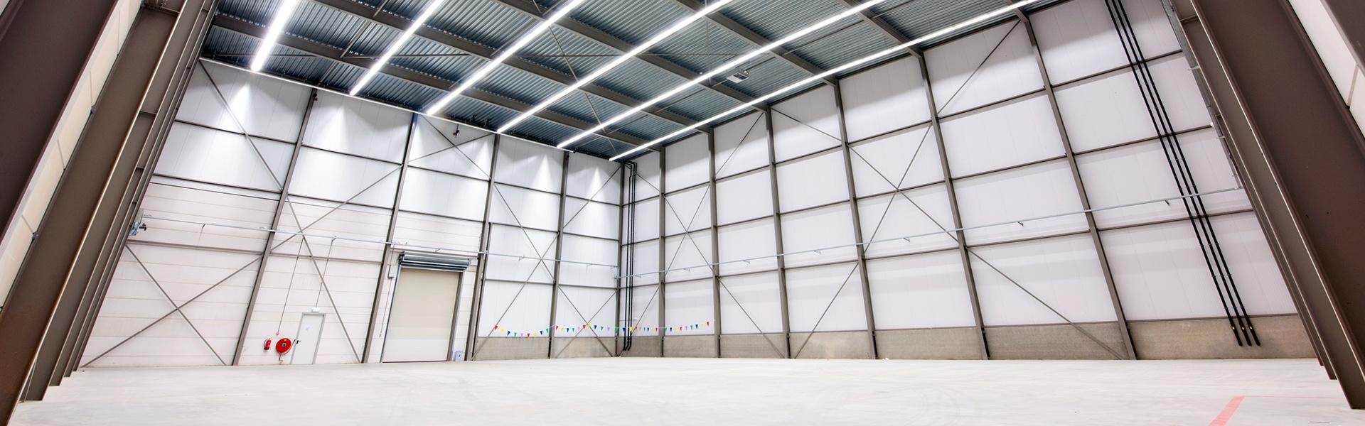 BLITZ Service & Handels GmbH - Grundreinigung von Industriehallen